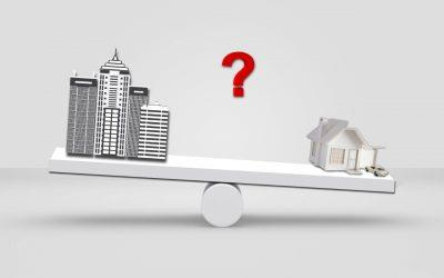 What are the advantages of living in a flat as compared to an independent house?
